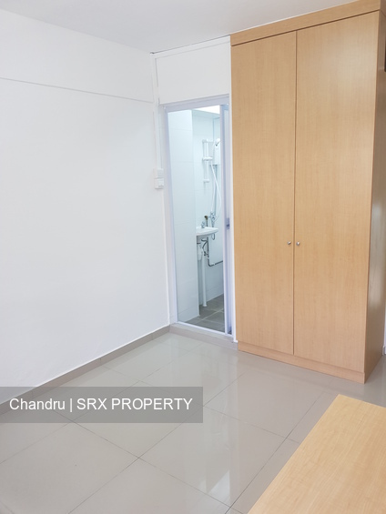 Bedok Reservoir Road (D16), Shop House #252143271
