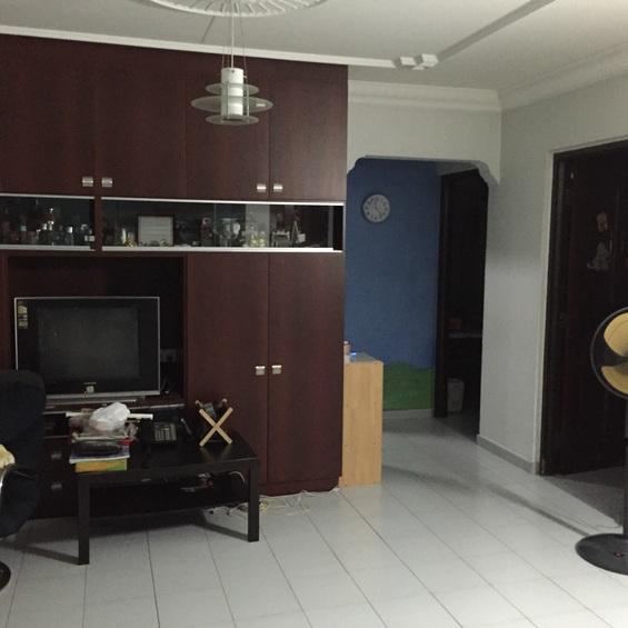 541 Hougang Avenue 8