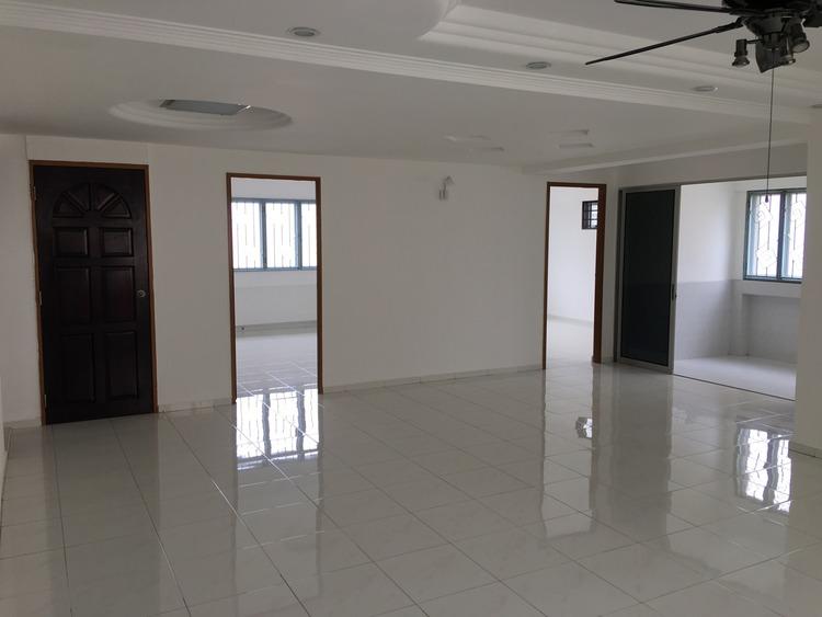 239 Pasir Ris Street 21
