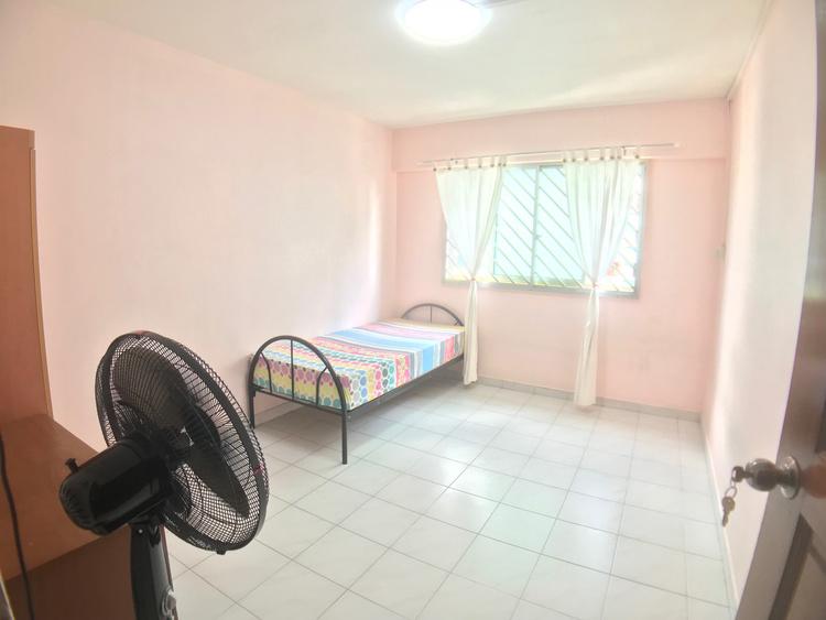 635 Hougang Avenue 8