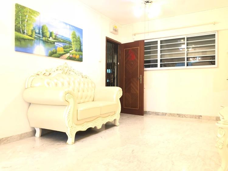 303 Hougang Avenue 5