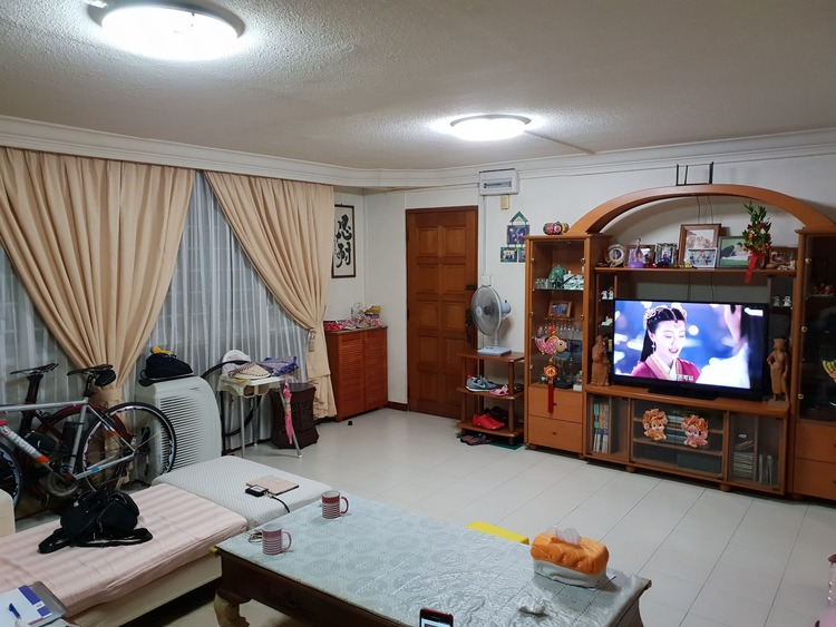 246 Yishun Avenue 9