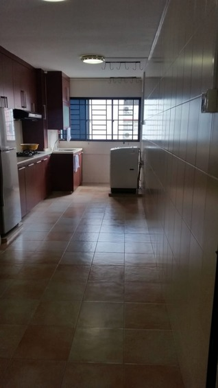 215 Bukit Batok Street 21