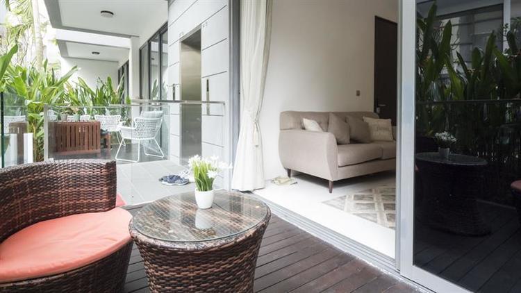 Holland Residences