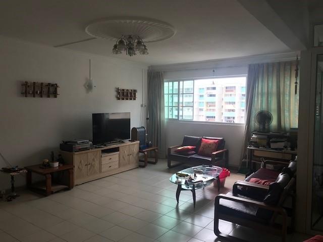 527 Hougang Avenue 6