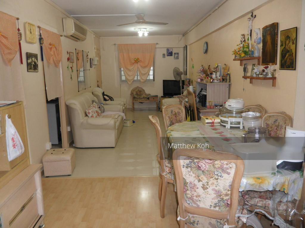 230 Bukit Batok East Avenue 3