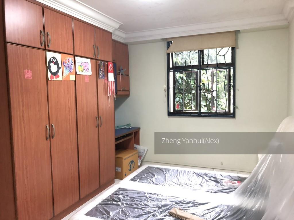 339B Sembawang Close