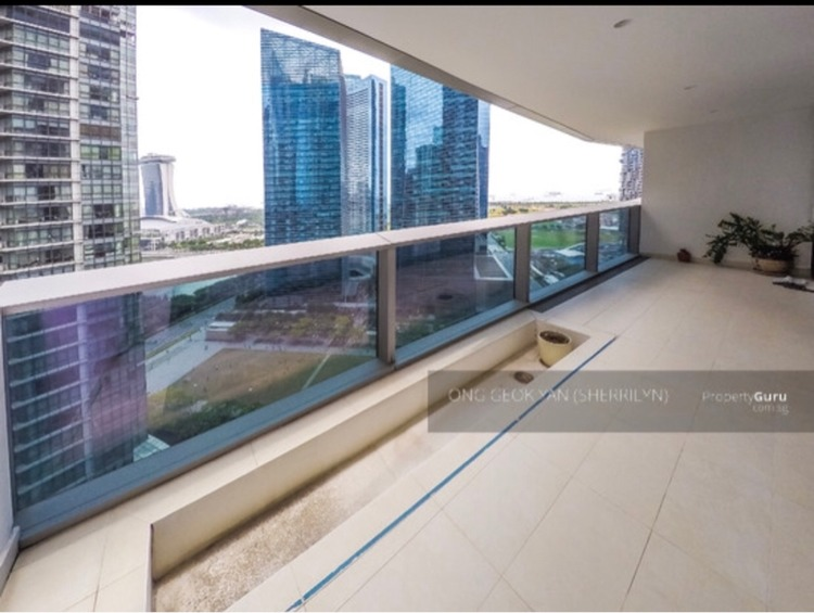 Marina Bay Suites Drone and Condo for Sale - Quality