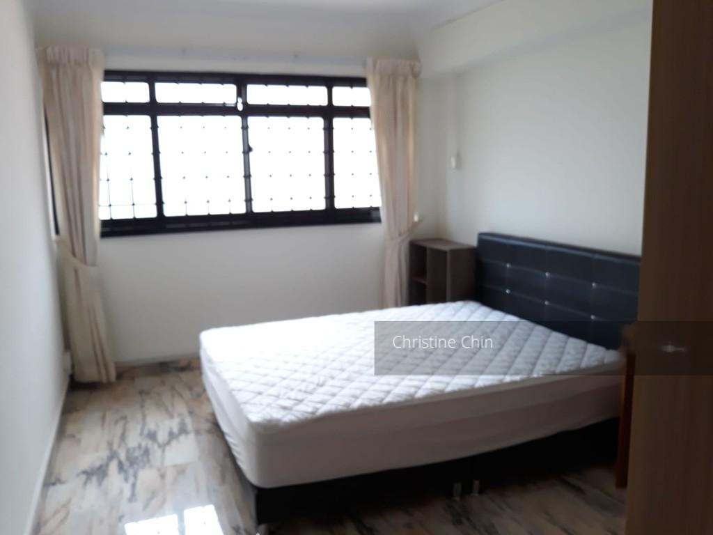 339 Hougang Avenue 7