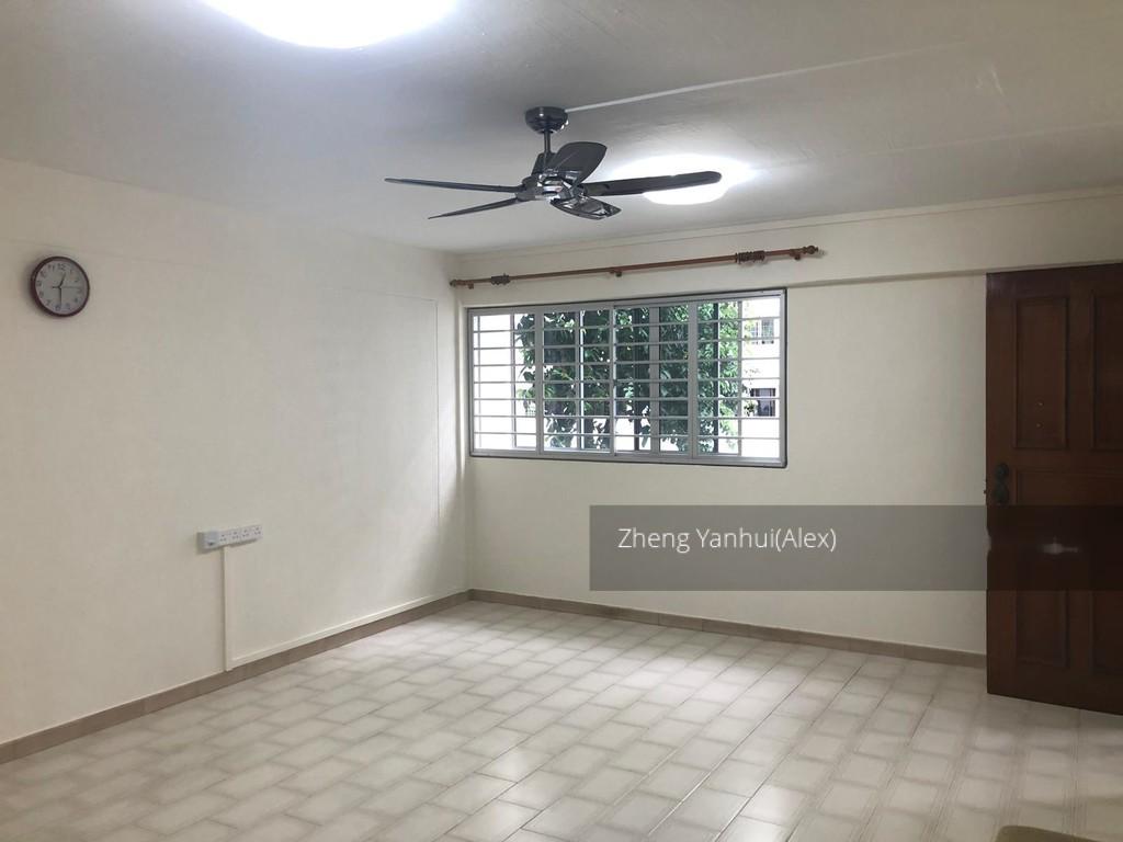 752 Yishun Street 72