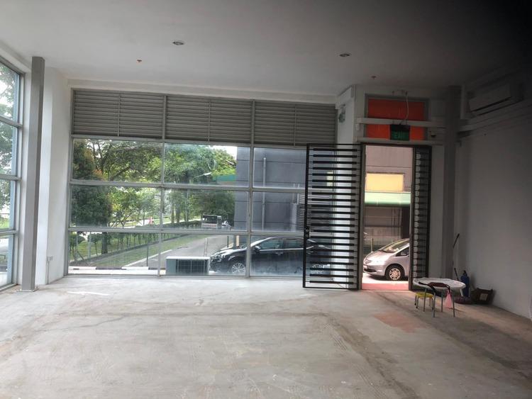 Hola Centre