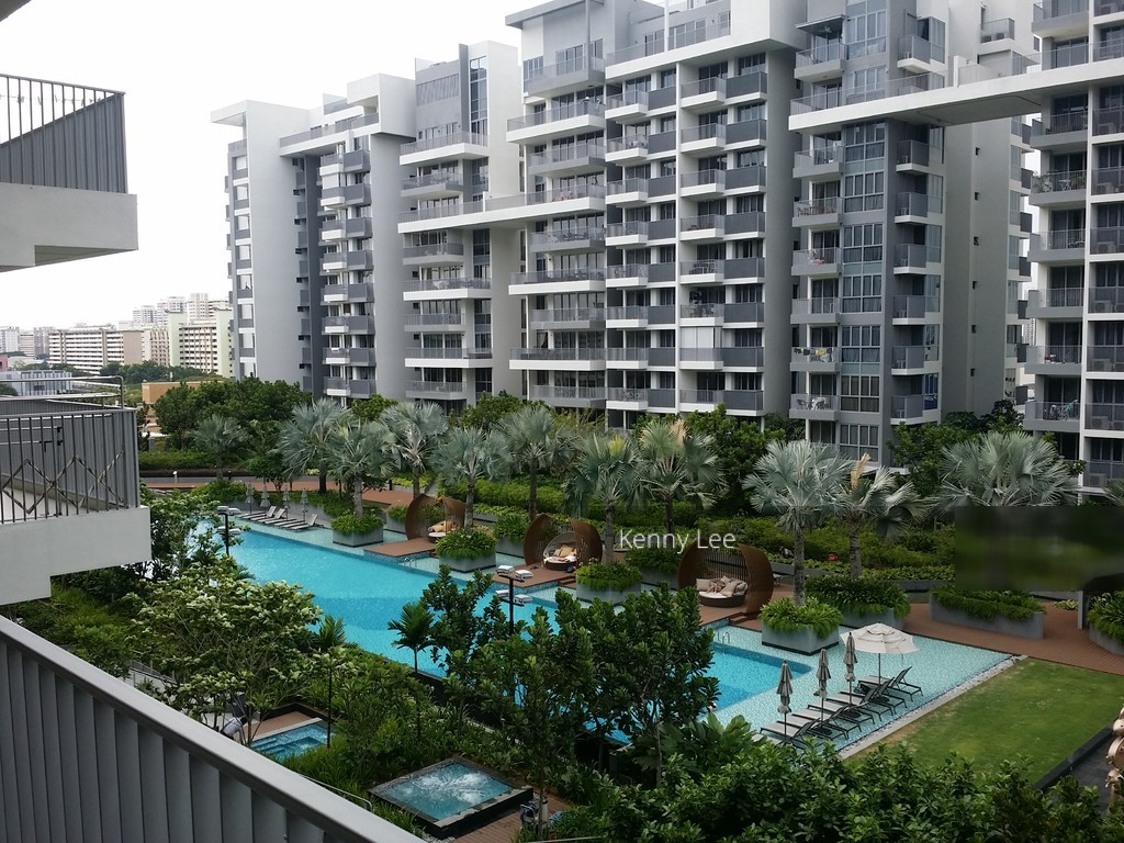 Bedok Residences photo thumbnail