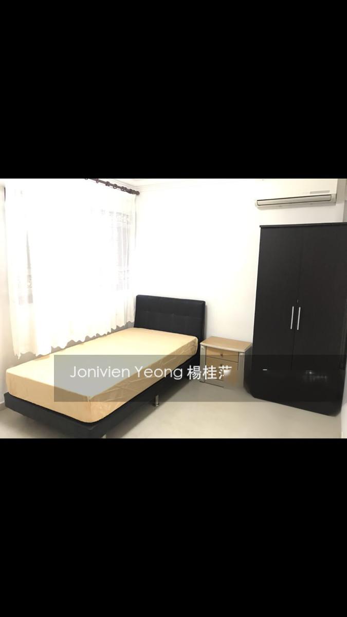 218 Jurong East Street 21