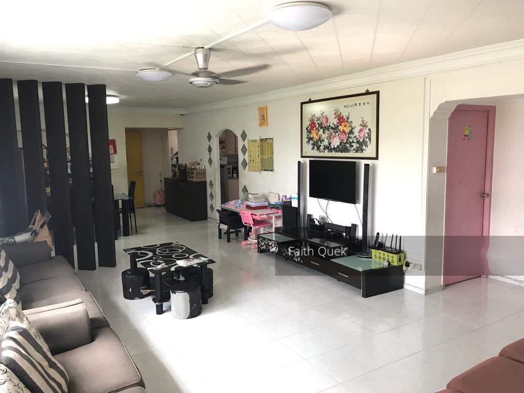 827 Jurong West Street 81