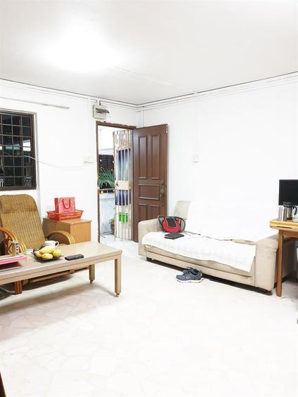 253 Hougang Avenue 3