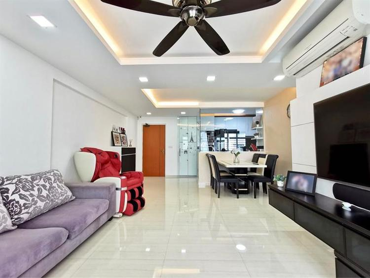 Yishun Avenue 9 listing thumbnail photo