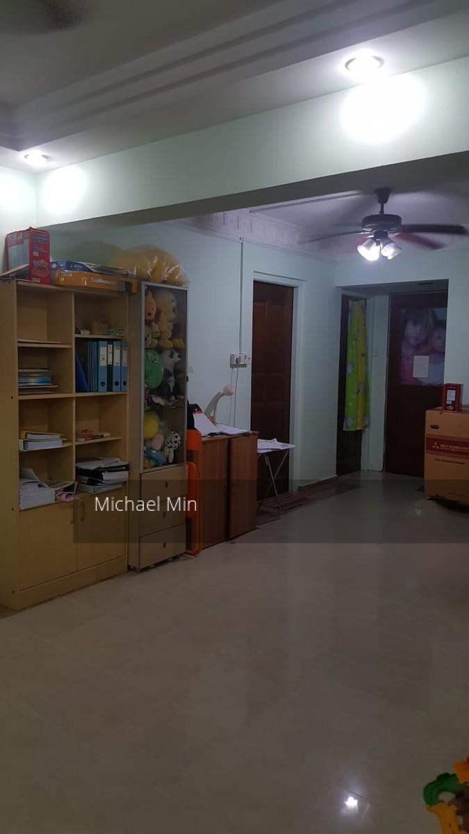 835 Jurong West Street 81