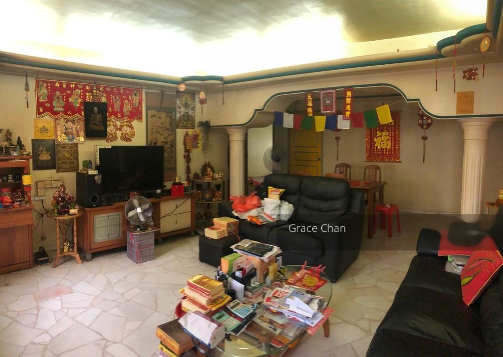 323 Tah Ching Road