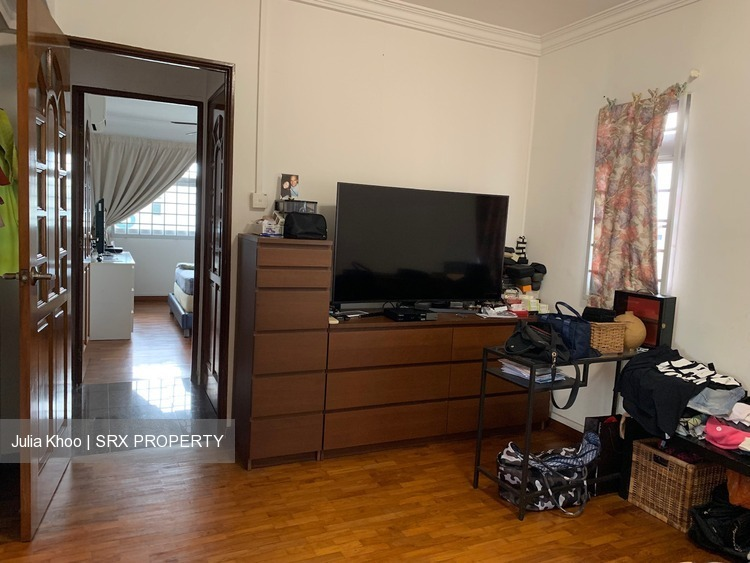 Blk 860 Jurong West Street 81 (Jurong West), HDB Executive #200851282
