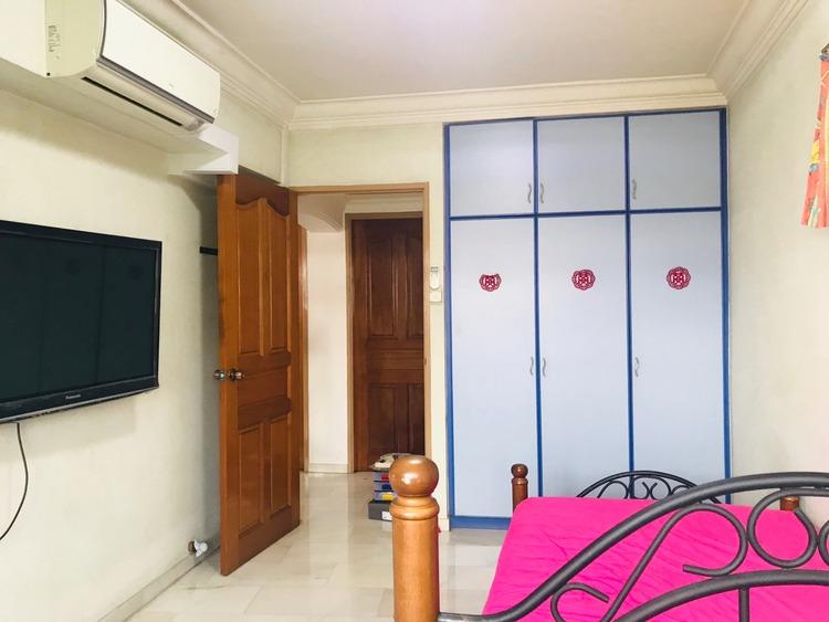 319 Sembawang Close