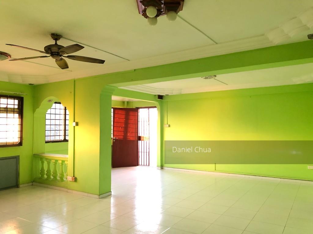852 Jurong West Street 81