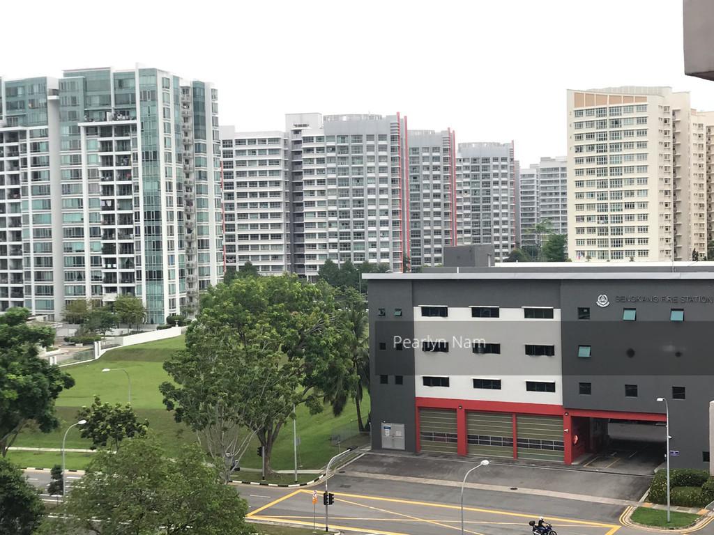 448 Hougang Avenue 10