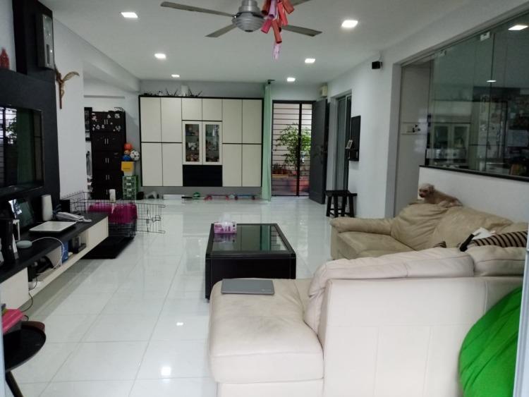203 Pasir Ris Street 21