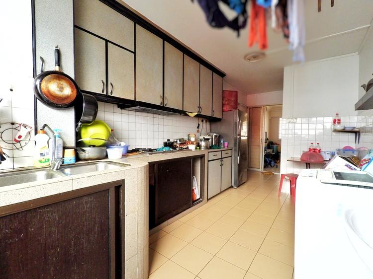 390 Yishun Avenue 6