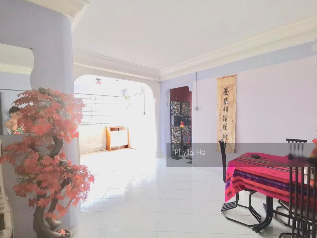 860 Yishun Avenue 4