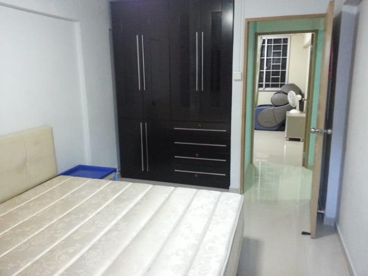962 Hougang Avenue 9