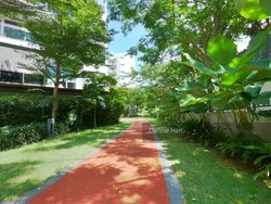 Parc Olympia photo thumbnail #13