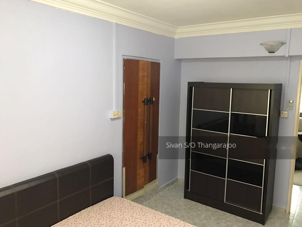 952 Hougang Avenue 9