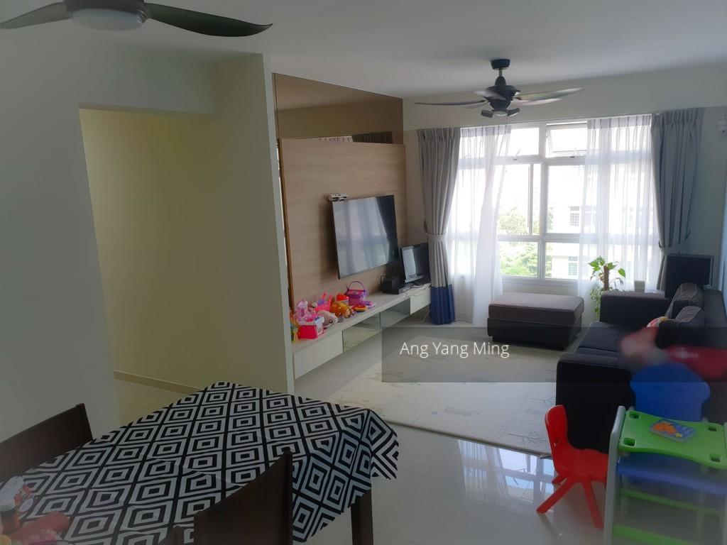 316B Yishun Avenue 9