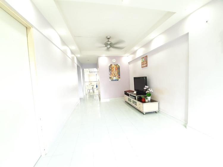 215 Ang Mo Kio Avenue 1