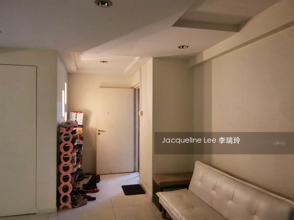 493A Tampines Avenue 9