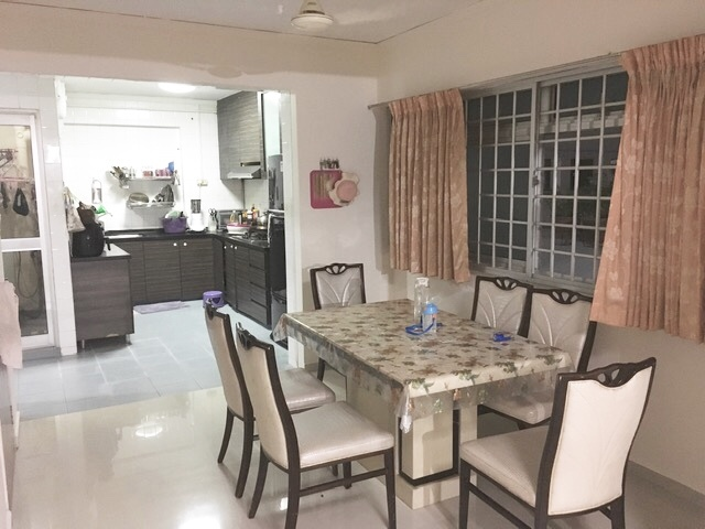 759 Jurong West Street 74