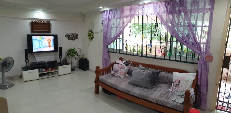 607 Hougang Avenue 4