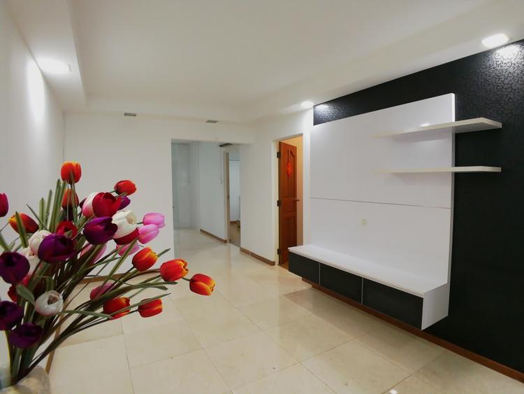 251 Bangkit Road