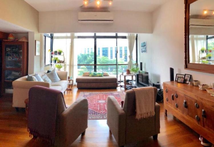 Hollywood Apartments
