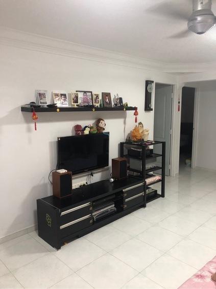 838 Tampines Street 82