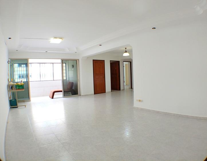 220 Pasir Ris Street 21