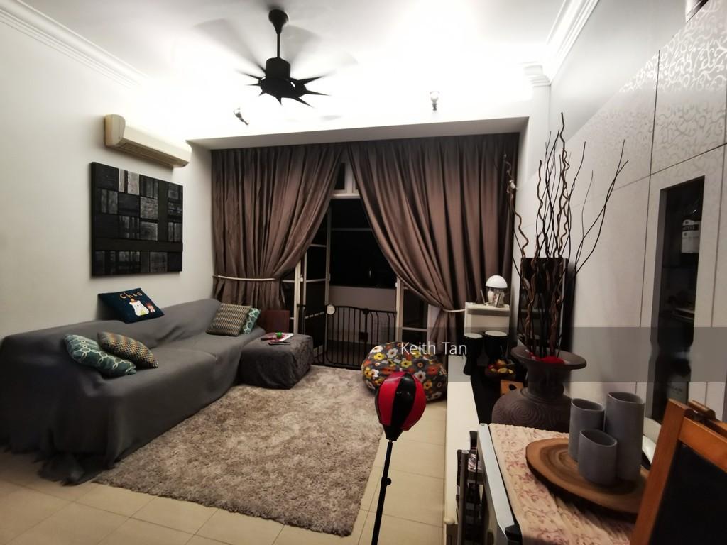 High Oak Condominium