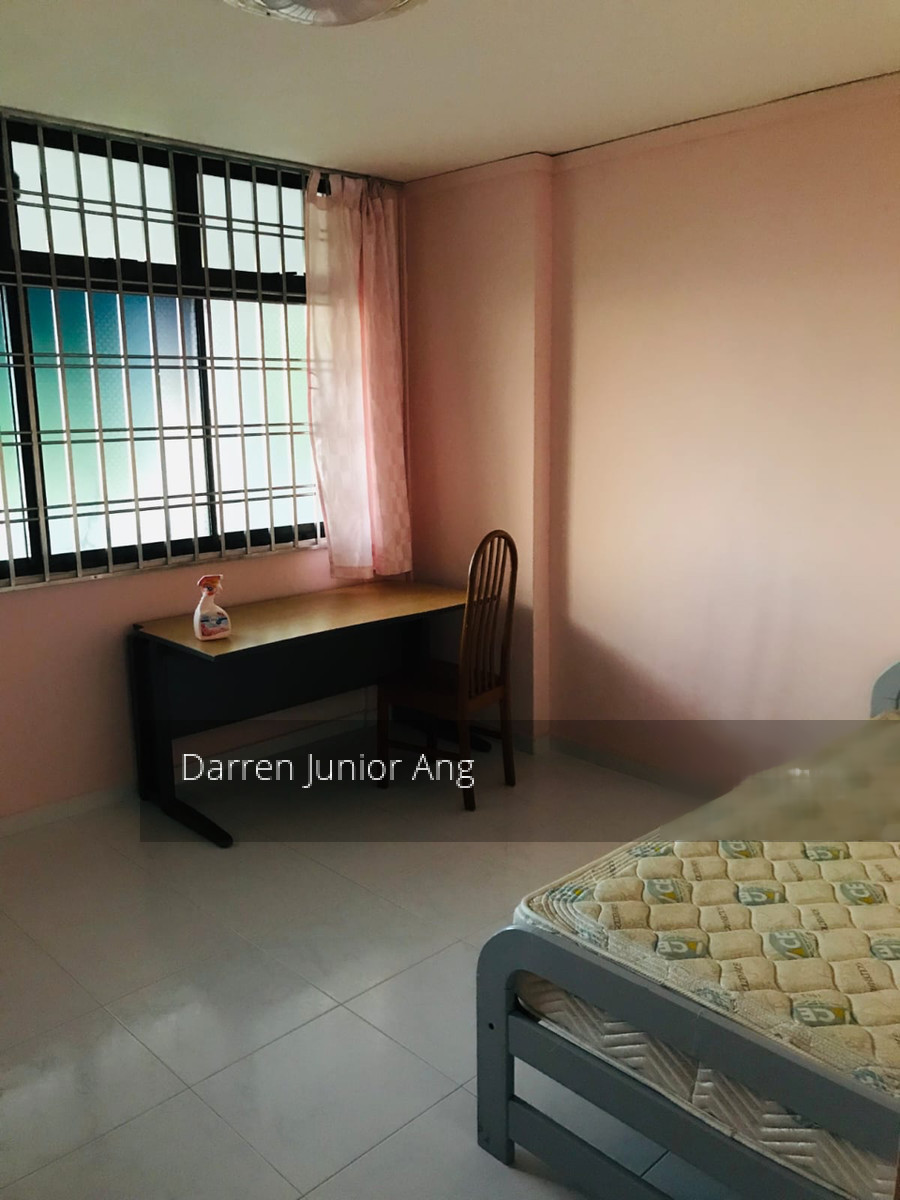 918 Hougang Avenue 9