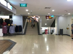 queensway-tower-/-queensway-shopping-centre photo thumbnail #2