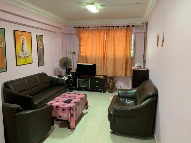 669 Hougang Avenue 8