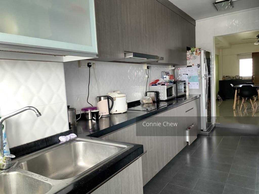 524 Jurong West Street 52