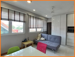 EiS Residences photo thumbnail #1