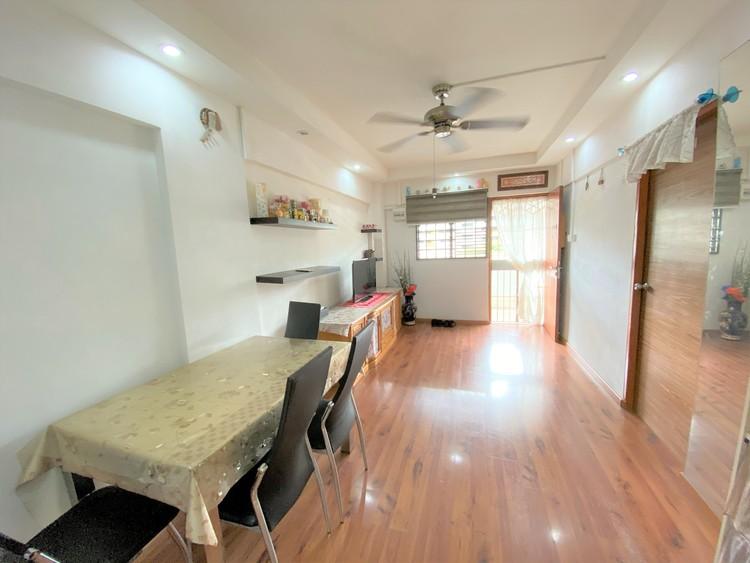 323 Ang Mo Kio Avenue 3