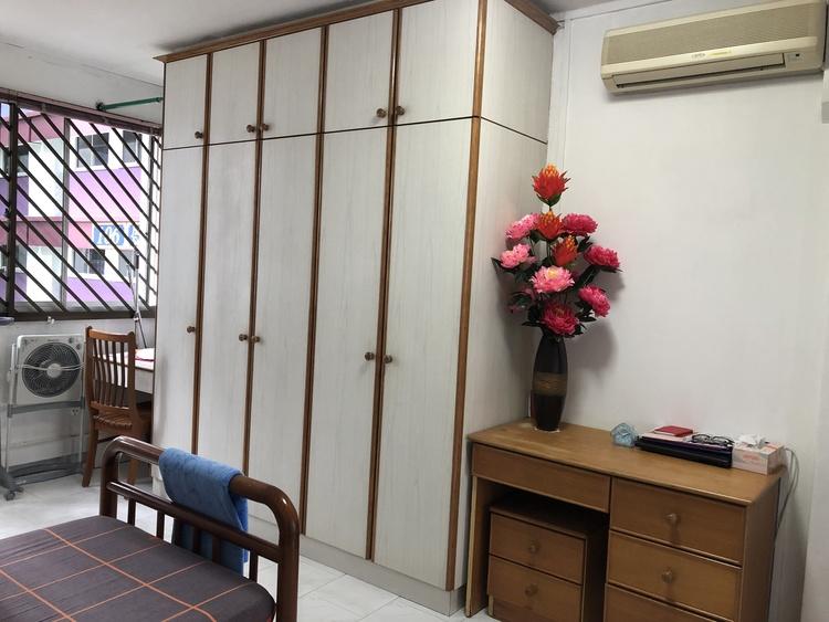 106 Pasir Ris Street 12