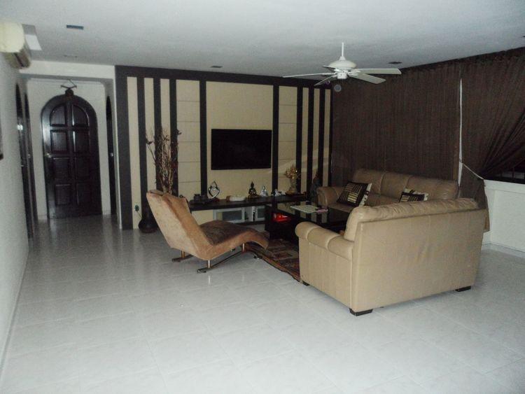 738 Jurong West Street 75